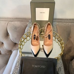 Tom Ford Padlock Patent Leather Pumps